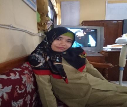 Murni Haryati,S.Pd Guru Matematika SMK Negeri 1 Gesi, Sragen.